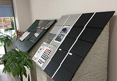 ショールームでは外壁や屋根の塗装モデルや塗料サンプルをご用意しています。